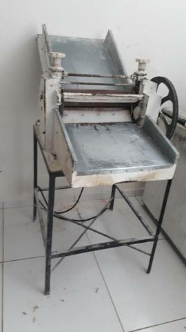 Vendo maquinários para padaria - Foto 3