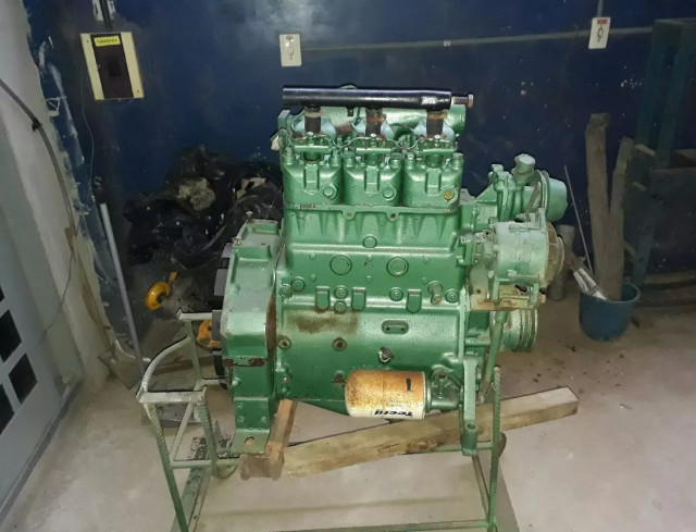Motor mwm 229 3 cilindros 45 HP - Foto 2