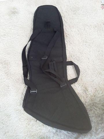 Vendo ou troco capa de guitarra explore em capa de baixo - Foto 3