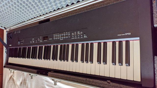 Stage Piano Yamaha CP33 - Foto 6