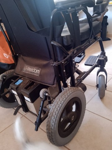 Cadeiras de rodas eletrônica - Foto 4
