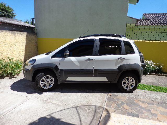 Fiat idea adventure 2014 2015 branca 1 8 dualogica 2015 for Precio de fiat idea adventure 2015