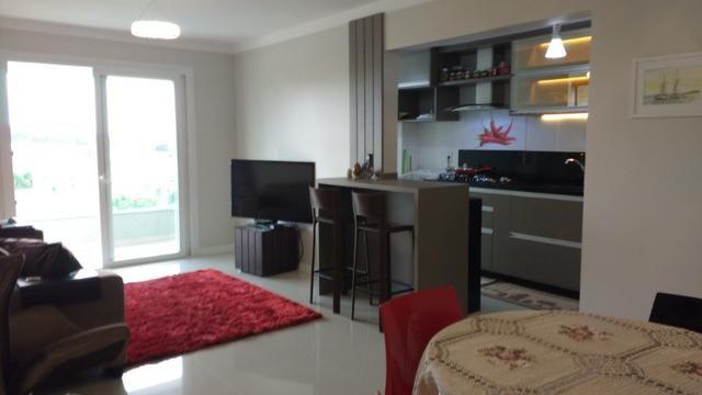 Excelente Apto, ültimo andar, peças amplas, ótimo p/ adequação dos móveis, semi-mobiliado - Foto 12