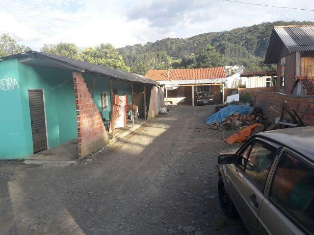 Casa com frente para o asfalto - Foto 2