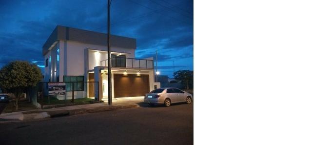 Sobrado 200 m2, acabamento Top, 03 Suítes, em Tangará, aceito carro, terrenos, casa menor