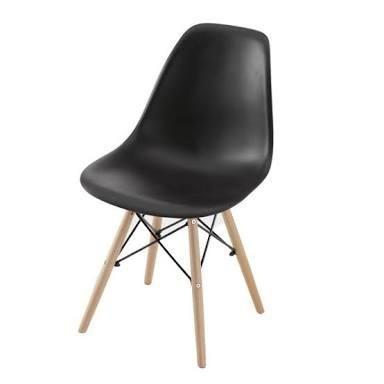 Cadeiras pretas Pé Palito Tok & Stok