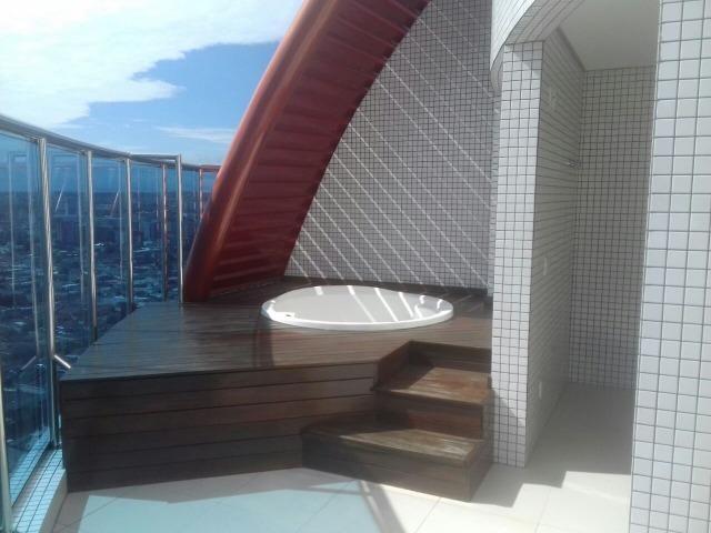 Residencial Bellagio Apto Cobertura Linear de 300m² com 5 Suítes - Foto 19