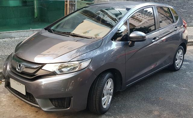 Honda Fit LX único dono todas revisões na Honda apenas 30mil km