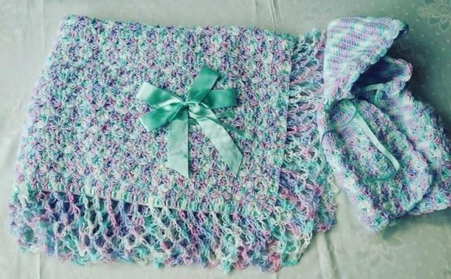 Xale e casaquinho para Bebê Diversas cores - produto artesanal. (Peça única nova) - Foto 3