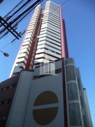 Apartamento 02 dormitórios no columbus tower quadra do mar com vista com a av. brasil !