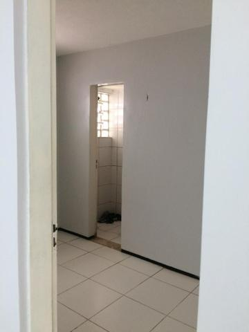 Dividir apartamento - (barramar/calhau)