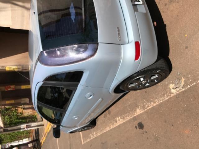 Corsa Premium hatch 1.4 completo - Foto 9