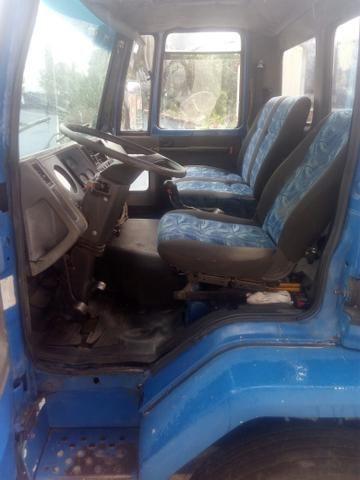 Caminhão vendo ou troco - Foto 5