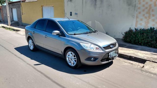 Ford Focus (Vendo ou troco)