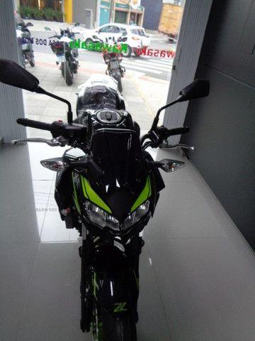 Kawasaki Z 650 ABS Preta 2021 - Foto 4
