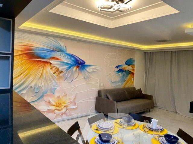 Apartamento localizado na Ponta Verde com 88m² composto por 3/4