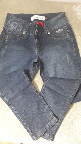 Calça jeans tam. 44