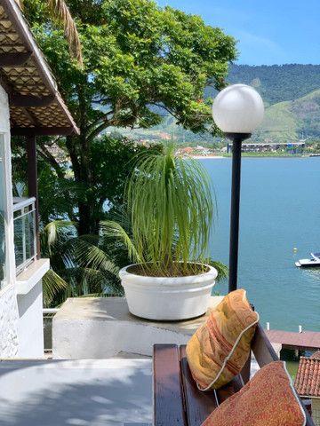 Casa 3 quartos com Vista Maravilhosa (área nobre- Ilha de Caras) Angra dos Reis