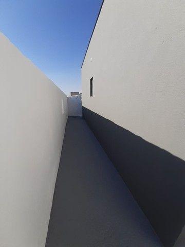 Vende-se Excelente Casa com Área Privativa no Bairro Planalto em Mateus Leme - Foto 6