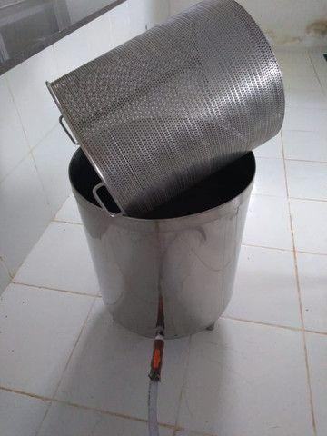 Mesa Em Aço Inox Aisi 304 Iso 9002 - Bordas, Bica De Saída E Tampo Liso - Foto 2