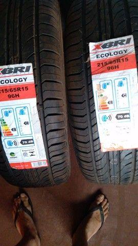 """pneus novos 215/65/15  os dois  por  """"400"""""""
