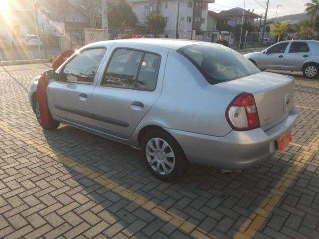 Renault Clio Sedan 1.0 - Foto 6