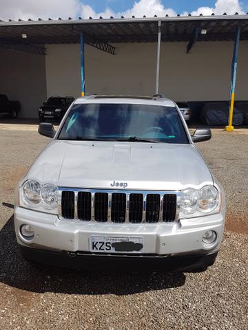 Jeep Grand Cherokee Limited 5.7 (Blindada Nível A3)