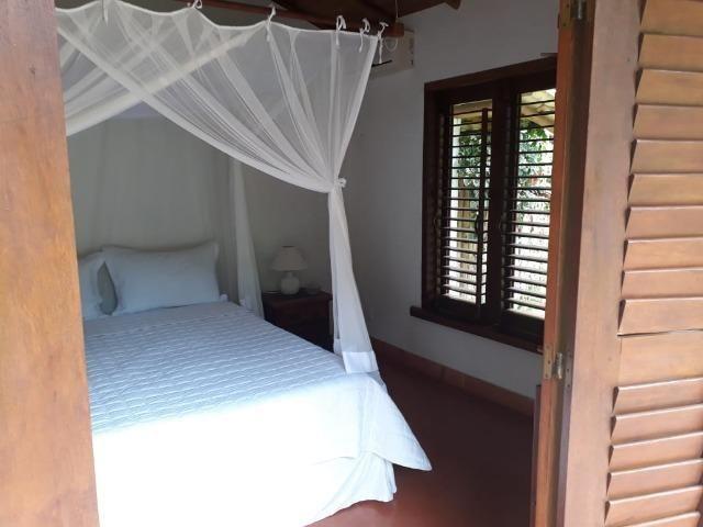 RE/MAX Safira aluga casa para temporada em área de preservação, em Trancoso - BA - Foto 11