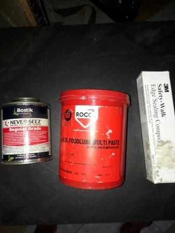 Vendo Kit 2 graxa e 1 cola selante
