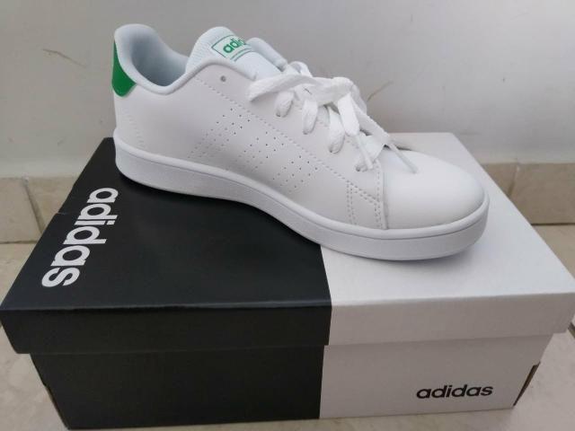 Vendo tênis Adidas número 32/33 - Foto 2
