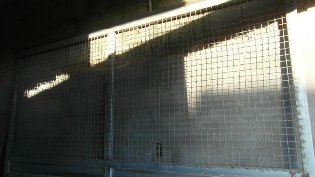Portao metalon com chapa lambril 2,45x2,33 - Foto 3