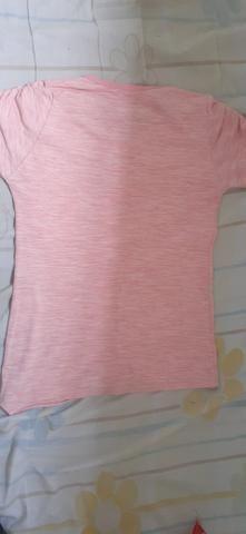 Uma blusinha + um brinde - Foto 3