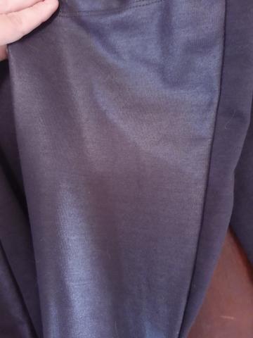 Calça Preta Semi Flare M - Foto 3
