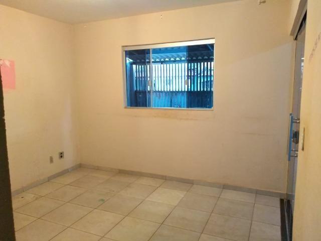 Samir Veras vende linda casa na laje na 208 de Santa Maria só 178 mil - Foto 7