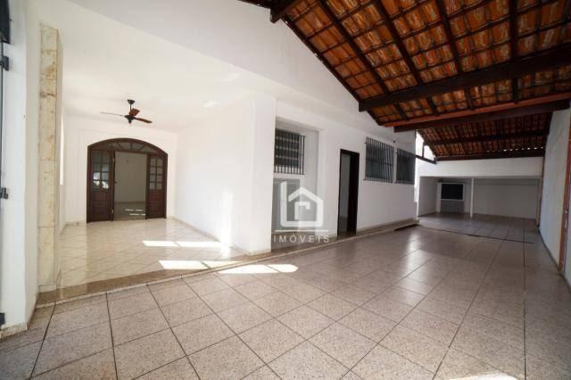 Casa comercial entre o Centro de Vila Velha e a Praia da Costa - Ideal para o seu negócio!