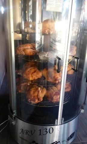 Vendo assadeira de carnes seminova marca Gasbras - Foto 2