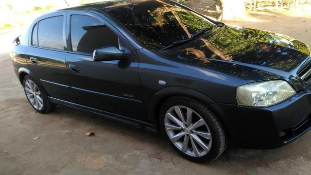Astra 2008 Top