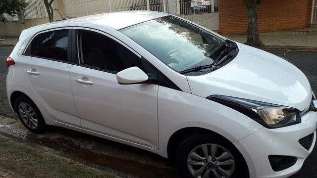 Hyundai hb20 branco completo