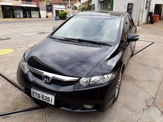 Honda Civic LXL 1.8 Flex 16V Automático