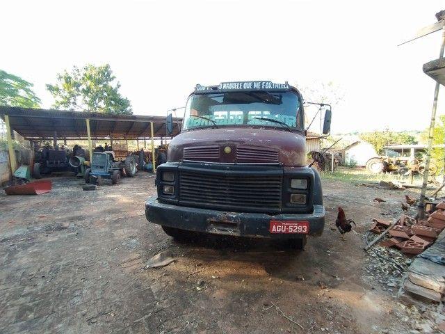 Caminhão Mercedes motor 1113 - Foto 2