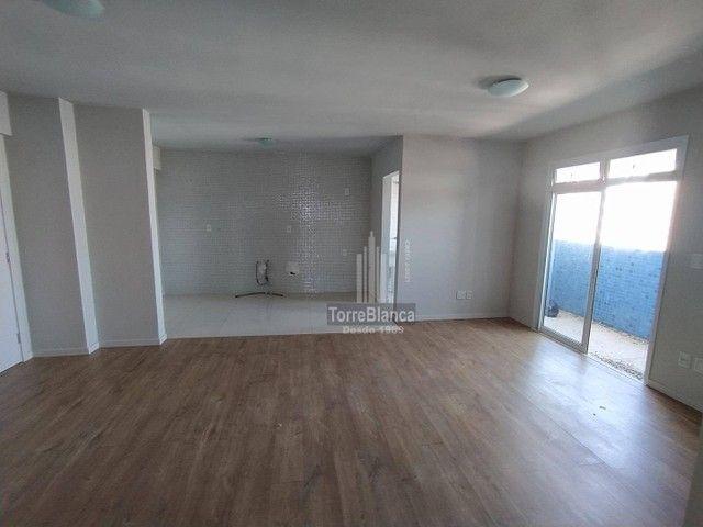 Apartamento com 3 dormitórios - Foto 4