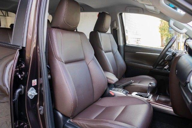 Toyota hilux sw4 4x2 srv flex 2018 automatica *IPVA 2021 PAGO* - Foto 15