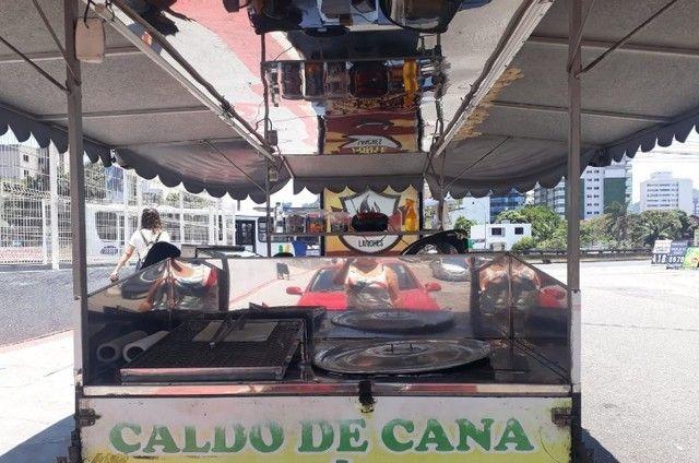vendo reboque de caldo de cana  e carrinho de churrasco barato - Foto 3