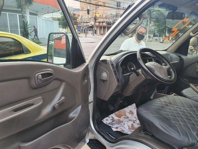 Hyundai Hr Turbo Diesel Baú Seco 2012/Prata - Foto 9