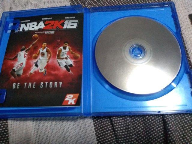 PS4 JOGO NBA2K16 - Foto 3
