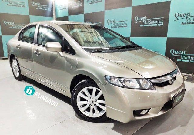 HONDA CIVIC Sedan LXS 1.8/1.8 Flex 16V Aut. 4p BLINDADO
