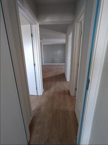 Apartamento com 3 dormitórios - Foto 18