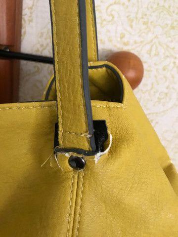Bolsa couro Zara amarela com sinais de uso - Foto 4