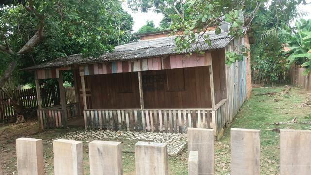 Vende-Se uma casa mista no belo Jardim1