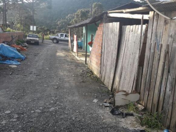 Casa com frente para o asfalto - Foto 7